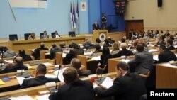 Milorad Dodik govori u Narodnoj Skupštini RS - iz arhive