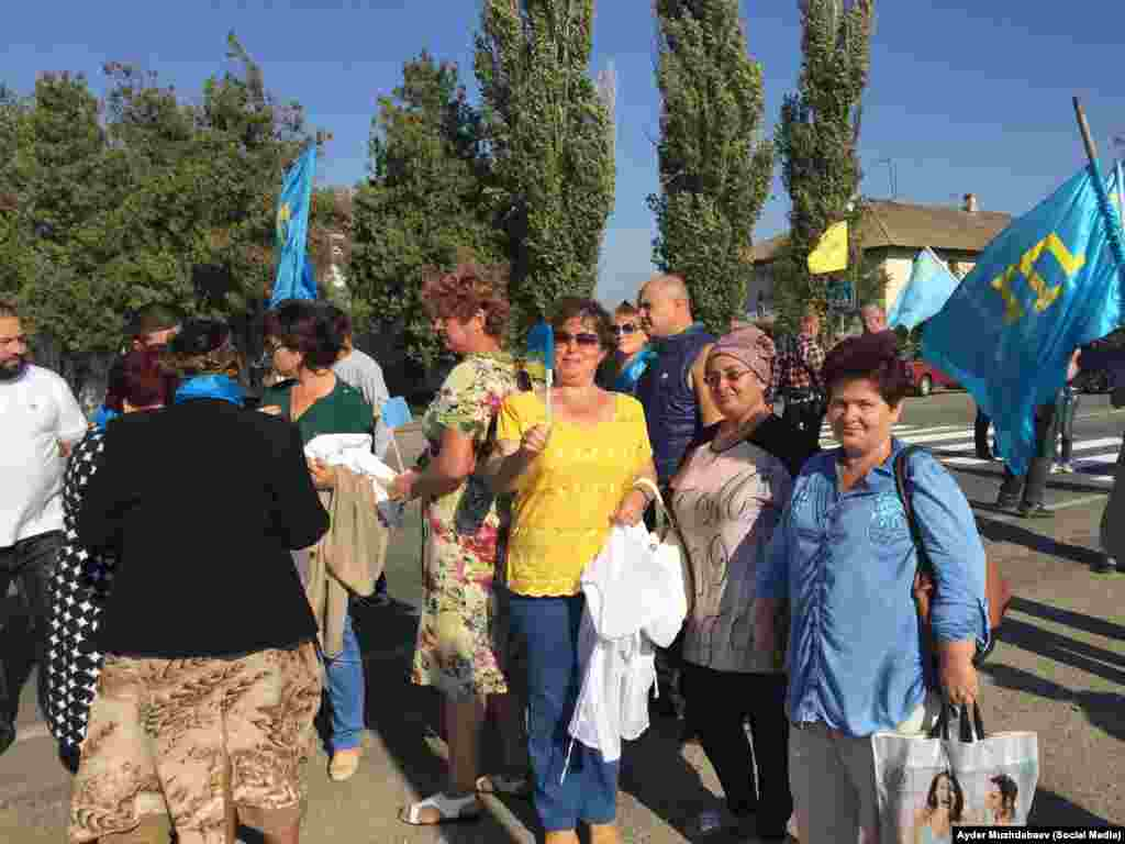 Среди участников акции жители Новоалексеевки и других населенных пунктов Херсонской области.