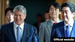 Алмазбек Атамбаев жана Синдзо Абэ