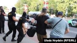 Privođenja u Minsku tokom demonstracija, 9. august