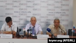 Пресс-конференция крымскотатарских организаций «Намус», «Къырым бирлиги» и «Милли Фирка»