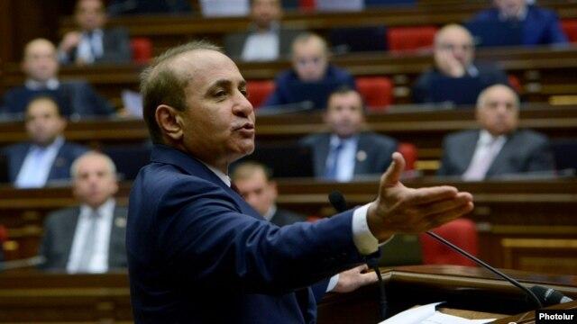 Armenia - Speaker Hovik Abrahamian addresses the National Assembly in Yerevan, 3Feb2014.
