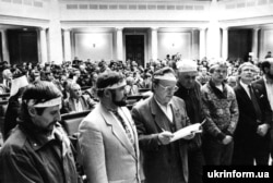 A number of parliamentary deputies sided with the students, often wearing the same type of bandannas worn by the protesters as a sign of support.