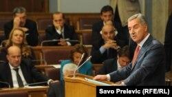 Milo Đukanović u Parlamentu 28. oktobra 2014.