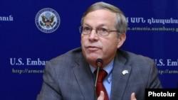 Armenia - U.S. Ambassador John Heffern at a news conference in Yerevan, 12Dec2014.