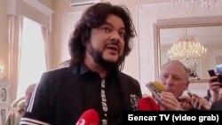 """Филипп Киркоров на избирательном участке в Вильнюсе. Кадр видео """"Белсат TV"""""""