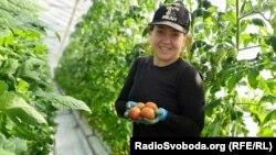 Леся Омельченко, працює на фермі у Фінляндії