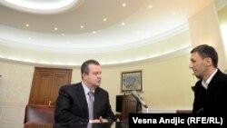 Ivica Dačić u razgovoru sa Milošem Teodorovićem