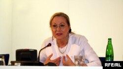 Avropa Birliyinin xarici əlaqələr komissarı Benito Ferrero-Valdner