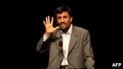 Иранскиот претседател Махмуд Ахмадинеџат
