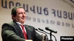 Armenia -- Gagik Tsarukian speaks at a congress of his Prosperous Armenia Party, 12Feb2011.