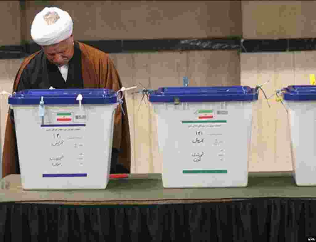 آقای رفسنجانی نيز گفت که اگر انتخابات «خوب» برگزار شود، همه سياستمداران جمهوری اسلامی، «برنده» آن خواهند بود.