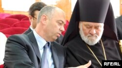 Valeriu Pasat și episcopul Anatolie (Cahul)