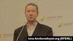 Председатель правления ОО «Конгресс востока Украины» Анатолий Путинцев