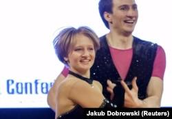 Катерина Тихонова увлекается акробатическим рок-н-роллом