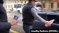 Salman Xudaverdiyev avtomobilini yandırmağa cəhd edir, 22 noyabr 2019