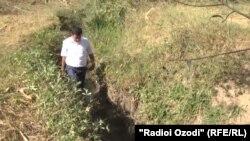 Shurobi poyon villaje in Hisor where the body of 5 years Osiya was found, 17.09.2014