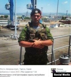 Российский морской пехотинец в Сирии. Фотография из социальных сетей