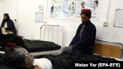 Ребенок, госпитализированный после авиаудара в афганской провинции Гильменд. 29 ноября 2018 года.