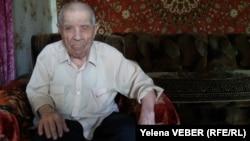 Ветеран Второй мировой войны Илья Кубанкин, которому в июле исполнится 101 год. Темиртау, 9 мая 2017 года.