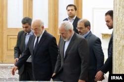 آقای جعفری روز یکشنبه برای دیدار با برخی مقامهای ایرانی به تهران سفر کرد