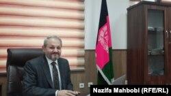 فیروز الدین فیروز وزیر صحت عامه افغانستان حین مصاحبه اختصاصی با رادیو آزادی در کابل