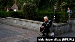 Georgia -- Old woman. street.Tbilisi, 04Oct2016