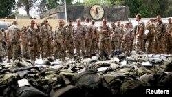 Немецкие военные в авиабазе в городе Термез, Узбекистан