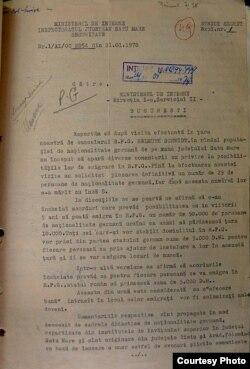 Un raport al Securității pe marginea vizitei întreprinse de Helmut Schmidt și a ecourilor în poplație (ACNSAS, D 13381, vol. 12, f. 49-49v)
