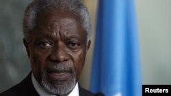БМТ ва Араб Лигасининг Сурия бўйича махсус вакили Кофи Аннан.