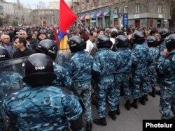 Yerevanda nümayiş - 8 aprel 2011