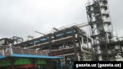 Мубарекский газоперерабатывающий завод является одним из крупнейших промышленных предприятий Узбекистана.