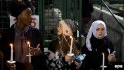 Жалоба па загінулых у Сан-Бэрнадына, 3 сьнежня 2015 году.