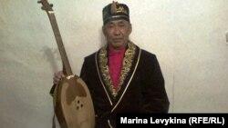 Арғынбек Ахметжанов, музыкант, шебер. Семей, 12 желтоқсан 2011 жыл
