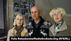 Діти Миколи Береславського (зліва направо – Жанна, Микола, Людмила). Дніпро, 12 квітня 2019 року