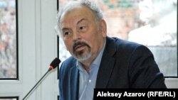 Председатель Союза театральных деятелей Казахстана, актёр Тунгышбай Жаманкулов.