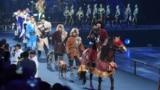 Импровизированное кочевье на церемонии открытия Универсиады во дворце «Алматы Арена».