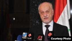 نائب رئيس الوزراء لشؤون الطاقة حسين الشهرستاني يتحدث في مؤتمر صحفي ببغداد