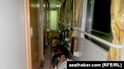 Serhetabat-Aşgabat: Ýol azaby