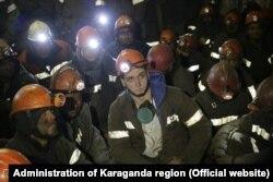 Протестующие в шахтах «АрселорМиттал Темиртау» горняки. Декабрь 2017 года