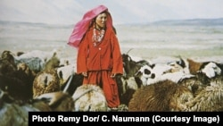 Этническая кыргызка, живущая на Памире. Иллюстративное фото.