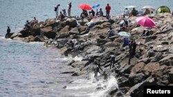 Afrički migranti na obali juga Italije, 17. jun