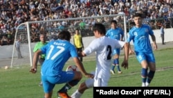Ravshan supporters in Kulob turned violent after their team lost to first-place Istiqlol Dushanbe last year.