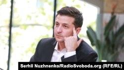 Зеленський: деякий час ми повинні продавати землю тільки українцям
