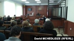 """""""აზოტიდან"""" გათავისუფლებული თანამშრომლების სარჩელის განხილვა, 19 მარტი"""