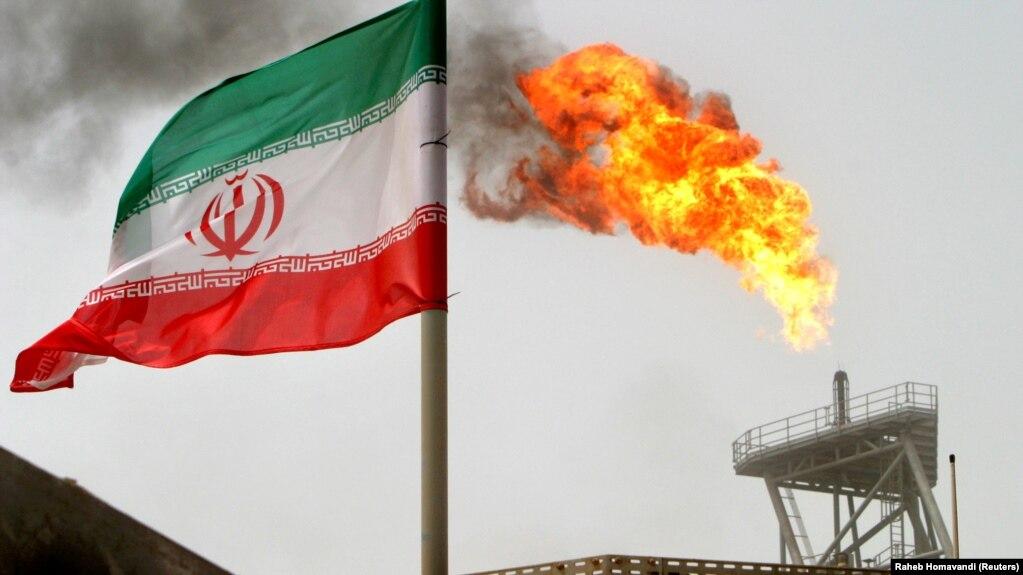 بلومبرگ: درخواست آمریکا از ژاپن برای توقف کامل خرید نفت از ایران