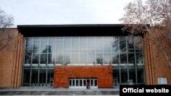 Սունդուկյանի անվան թատրոնի շենքը Երևանում, արխիվ