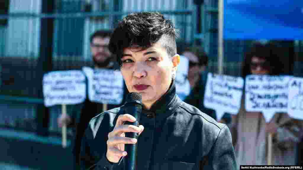 QırımSOS insan aqlarını qorçalav teşkilâtınıñ koordinatorı Tamila Taşeva
