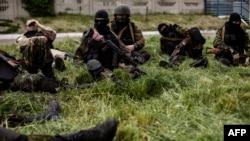 Ресейшіл сепаратистер. Донецк облысы, 23 мамыр 2014 жыл.