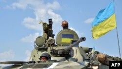 Украинские солдаты в Донецкой области. Украина, 30 июля 2014 года.